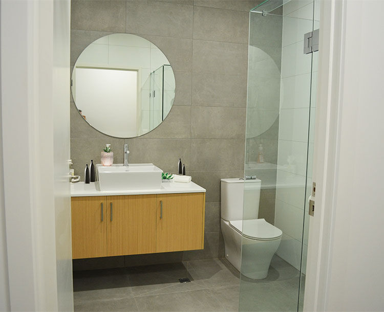 Whittlesea Motel Bathroom